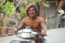 Thai y su nutria